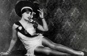 Celia-Gamez-Revista-Portena-1931