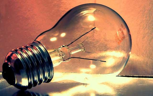 Dead_light_bulb_cc_brain87