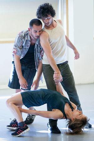coreografia-solo-juntos-lucio-baglivo-foto-miguel-j-berrocal