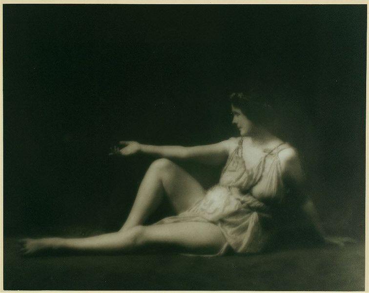 Isadora_Duncan qué es danza contemporánea