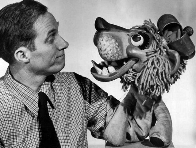 que es teatro de titeres-Bil_Baird_and_Charlemane_1963-By ABC Television [Public domain]