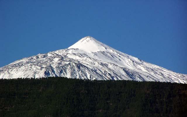 viajes-en-navidad-Teide_nevado