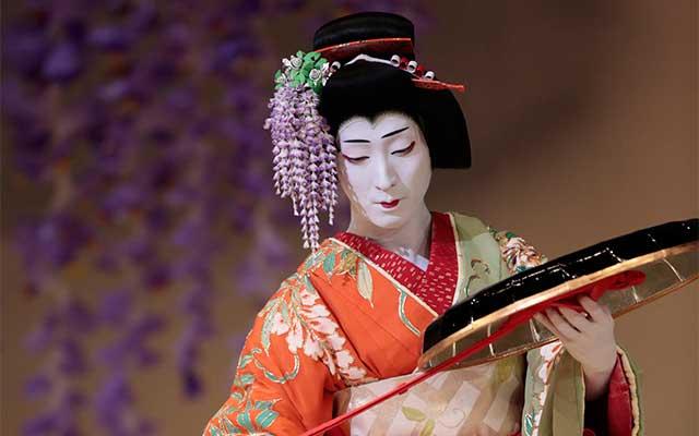 teatro kabuki-fujimusume