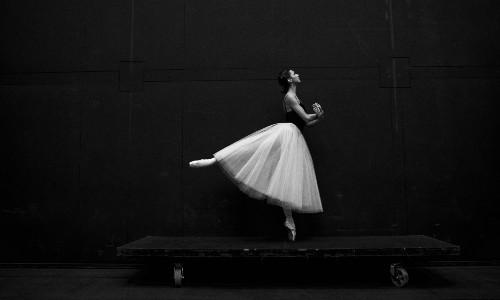 7 pasos de ballet y posiciones del cuerpo básicas
